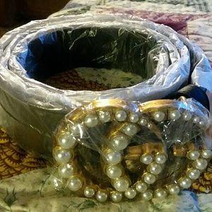 Brand new Gucci woman's pearl belt